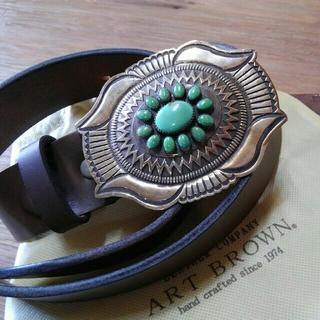 アートブラウン(ART BROWN)のナバホバックル■ART BROWN クロムエクセルレザー■インディアンジュエリー(ベルト)