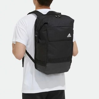 adidas - 新品送料無料♪39%OFF!アディダス コミュータースクエアバックバック