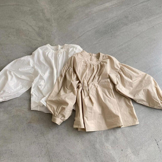 lawgy  balloon blouse -white-