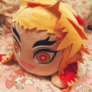 BANDAI - 煉獄杏寿郎 寝そべりぬいぐるみ!