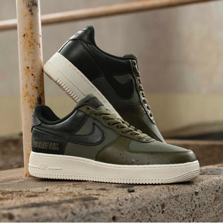 NIKE - NIKE AIR FORCE 1 GORE-TEX ミディアムオリーブ 26cm