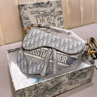 Dior - ☆期間限定価格☆ディオールDior ショルダーバッグ