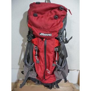 ミズノ(MIZUNO)のMIZUNO Berg バックパック リュック 赤 中古品(登山用品)