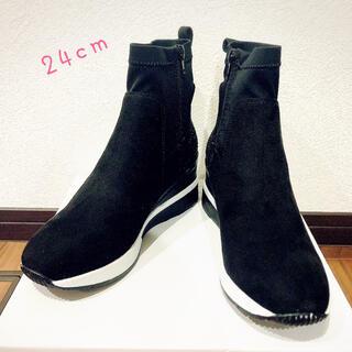 新品☆ブラック ショートブーツ 24cm