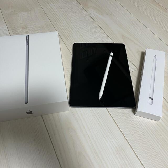 Apple(アップル)のiPad 第6世代 32GB  Wi-fiモデル Pencil付き スマホ/家電/カメラのPC/タブレット(タブレット)の商品写真