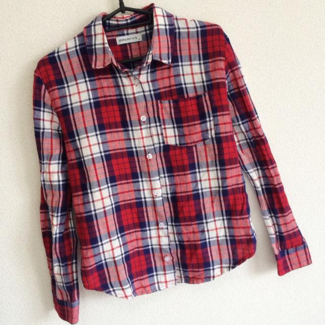 WEGO(ウィゴー)のWEGO チェックシャツ 赤 レディースのトップス(シャツ/ブラウス(長袖/七分))の商品写真