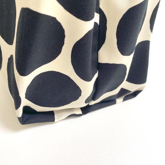 コンビニ用 マイバッグ エコバッグ 北欧 ドット柄 ブラック 収納ポケット付き  ハンドメイドのファッション小物(バッグ)の商品写真
