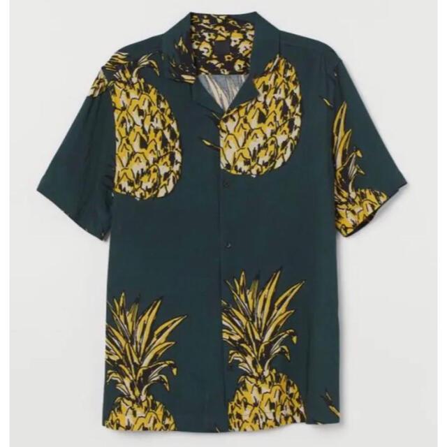H&M(エイチアンドエム)の新品 安値 H&M パイナップル柄 リゾートシャツ L メンズのトップス(シャツ)の商品写真