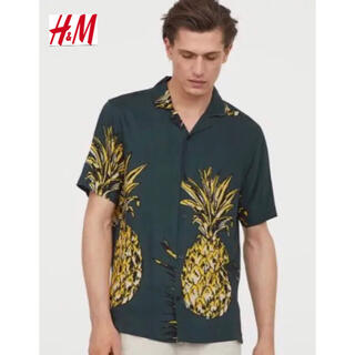 H&M - 新品 安値 H&M パイナップル柄 リゾートシャツ L