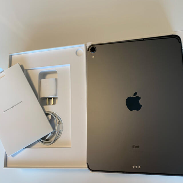 Apple(アップル)のiPad Pro 11 Wi-Fi+Cellular 64GB スペースグレイ スマホ/家電/カメラのPC/タブレット(タブレット)の商品写真