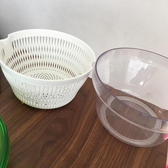 タッパーウェア サラダスピナー インテリア/住まい/日用品のキッチン/食器(調理道具/製菓道具)の商品写真