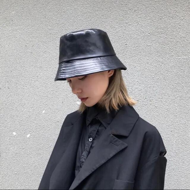 TODAYFUL(トゥデイフル)のレザーバケットハット レディースの帽子(ハット)の商品写真