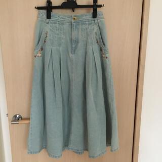 franche lippee - フランシュリッペ  はんかちうさぎ刺繍デニムスカート