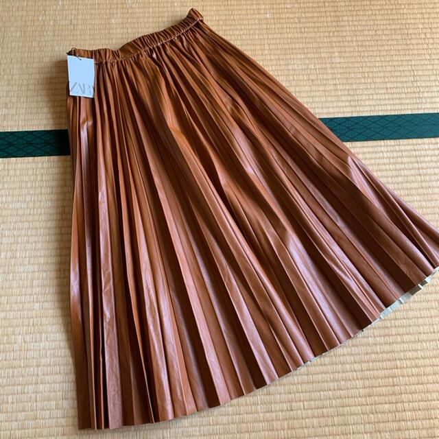 ZARA(ザラ)のZARAフェイクレザースカート レディースのスカート(ロングスカート)の商品写真