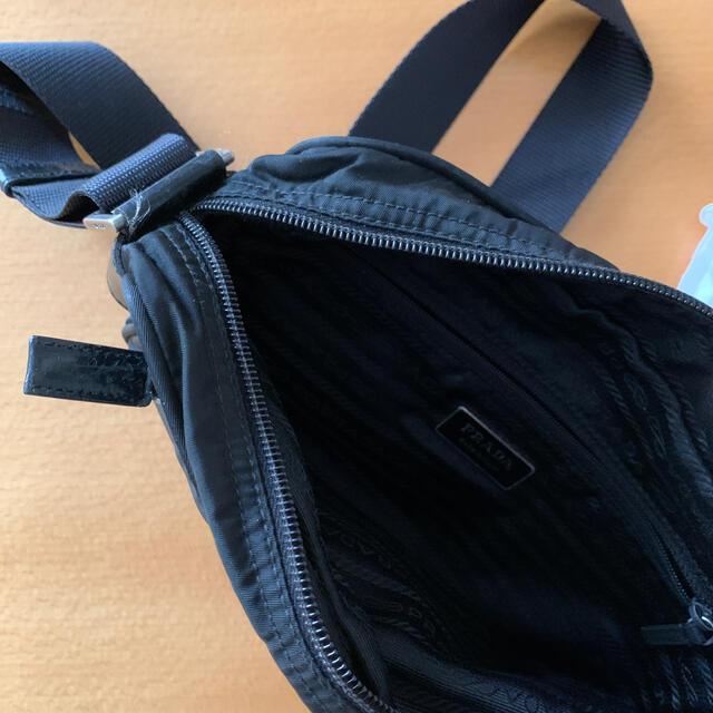 PRADA(プラダ)のプラダ ショルダーバッグ ナイロン  レディースのバッグ(ショルダーバッグ)の商品写真