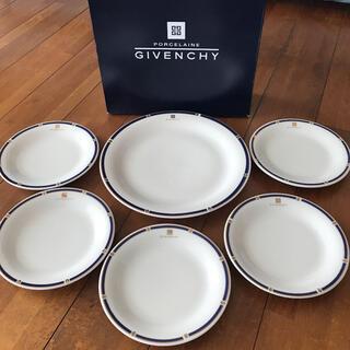 GIVENCHY - [新品、未使用] G IVENCHY パーティセット 6枚