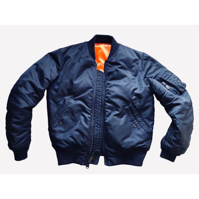 AVIREX(アヴィレックス)のAVIREX - MA-1 ジャケット メンズのジャケット/アウター(フライトジャケット)の商品写真