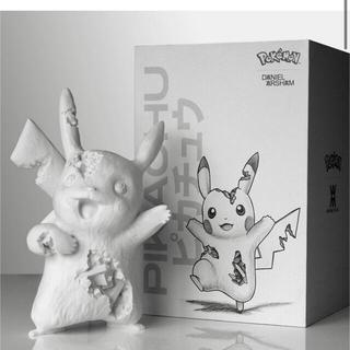 ポケモン(ポケモン)のDaniel Arsham × Crystalized Pikachu(彫刻/オブジェ)