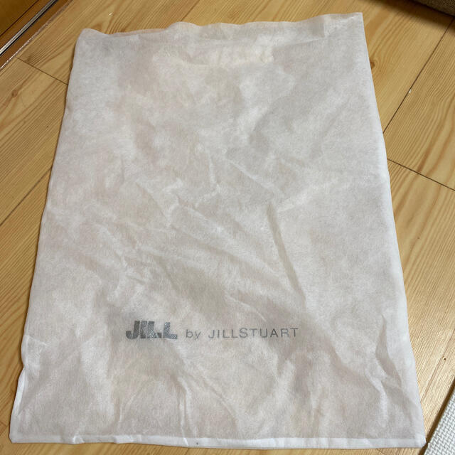 JILL by JILLSTUART(ジルバイジルスチュアート)のジルバイジルスチュアート ビジューロイヤルバックパック レディースのバッグ(リュック/バックパック)の商品写真