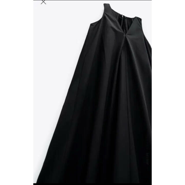 ZARA(ザラ)の期間限定値下げ*2020AWザラZARAフレアーワンピース黒VネックLサイズ レディースのワンピース(ロングワンピース/マキシワンピース)の商品写真