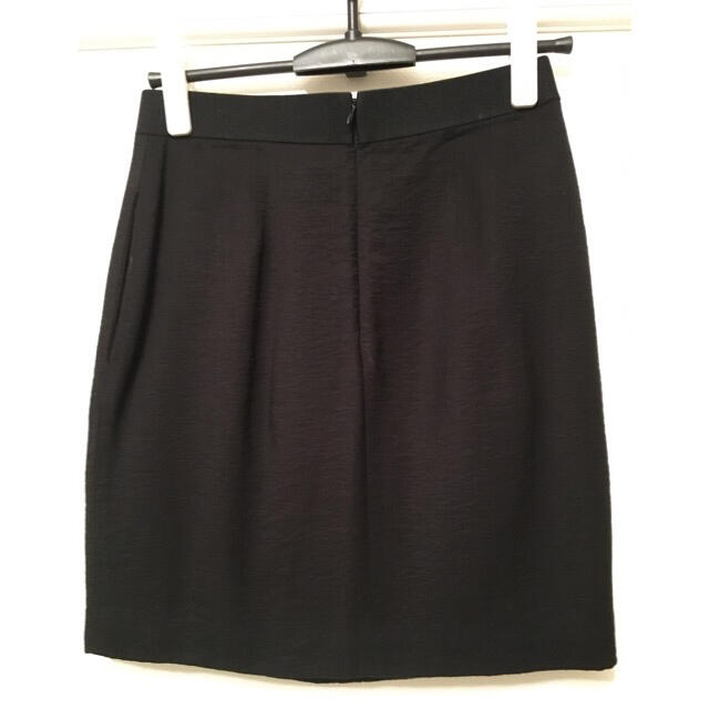 BCBGMAXAZRIA(ビーシービージーマックスアズリア)のタイト ひざ丈スカート レディースのスカート(ミニスカート)の商品写真