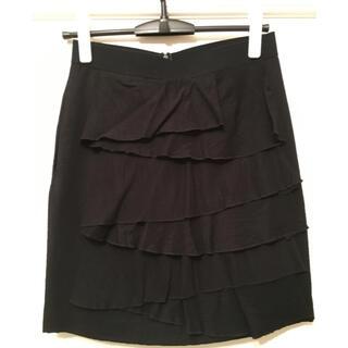 ビーシービージーマックスアズリア(BCBGMAXAZRIA)のタイト ひざ丈スカート(ミニスカート)