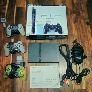 プレイステーション2(PlayStation2)のプレステ2本体、コントローラージャンク(家庭用ゲーム機本体)