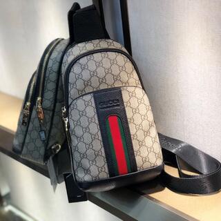 Gucci - メンズ   ウェストポ-チ