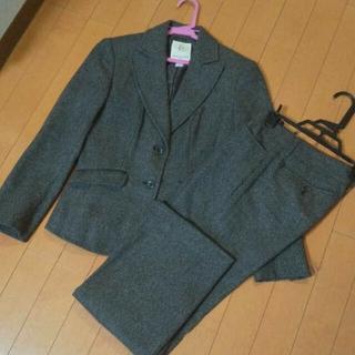 クミキョク(kumikyoku(組曲))のパンツスーツ 組曲 オンワード樫山 ツイード ウール(スーツ)