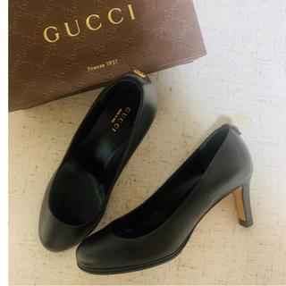 Gucci - GUCCI♡ ブラックプレーンパンプス
