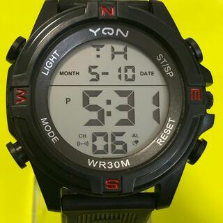 新品 YQN メンズデジタルLEDウォッチ  ブラックレッド アウトドア (腕時計(デジタル))