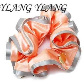 イランイラン(YLANG YLANG)の【美品】YLAMG YLANG シュシュ コーラル×シルバー Lサイズ(ヘアゴム/シュシュ)