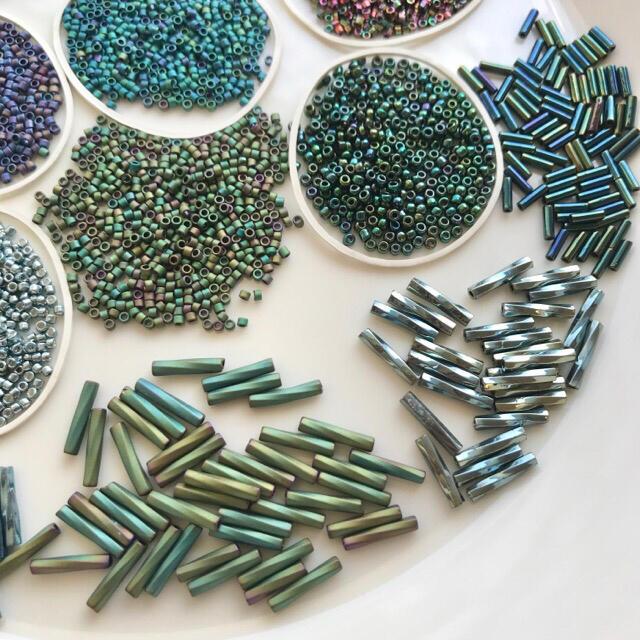 貴和製作所(キワセイサクジョ)の《soumaa様専用》紫・青・緑系 デリカ ミユキ シードビーズ 色々セット ハンドメイドの素材/材料(各種パーツ)の商品写真