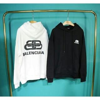 Balenciaga - ☆[2枚14000円送料込み]BALENCIAGAバレンシアガパーカーフード付き