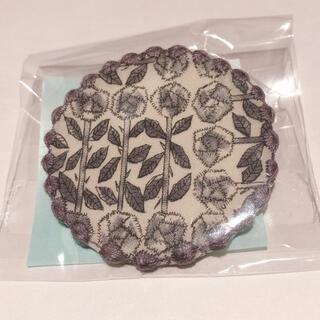 mina perhonen - 新品未開封 ミナペルホネン ブローチ タンバリン サンキューベリーバッジ 紫
