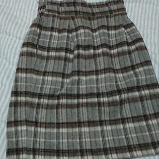 ヴィス(ViS)のグレーチェック台形スカート(ひざ丈スカート)