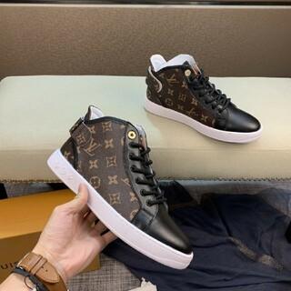 LOUIS VUITTON - 人気の靴LOUIS VUITTON