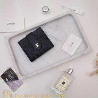 BURBERRY - 超❥美品可愛CHANEL 財布