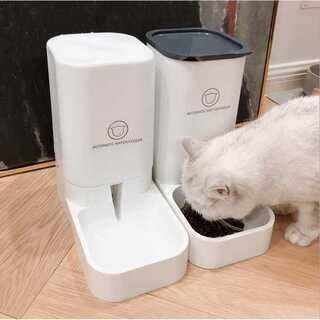 ペット用 餌やり器 給水器 重力式 2個セット 猫 犬【216】(ペットフード)