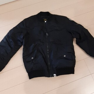 アベイシングエイプ(A BATHING APE)のアベイシングエイプ MA-1 メンズS ジャケットミリタリー黒ブラック(ミリタリージャケット)