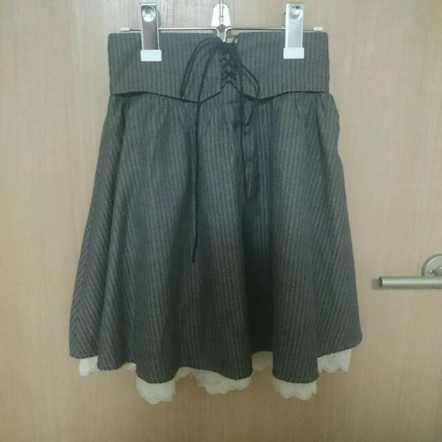 BLUE ROGUE(ブルーローグ)の茶フレアスカート**BLUE ROGUE レディースのスカート(ミニスカート)の商品写真
