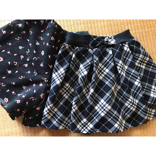 GU(ジーユー)のスカート&キュロット2枚セット 140 チェックと花柄 中古 キッズ/ベビー/マタニティのキッズ服女の子用(90cm~)(スカート)の商品写真