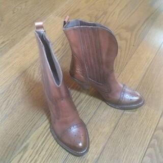 ラボキゴシワークス(RABOKIGOSHI works)のラボキゴシショートブーツ(ブーツ)