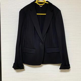 ローズティアラ(Rose Tiara)の黒 ジャケット オフィスカジュアル フォーマル(ノーカラージャケット)