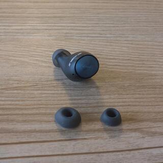 ノーブル(Noble)のNOBLE FALCON 本体L側とイヤーピースS,M,L 3サイズ付(ヘッドフォン/イヤフォン)