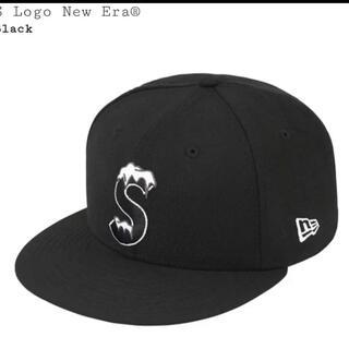 シュプリーム(Supreme)のトイ様 Supreme S logo NEWERA CAP 7 5/8(キャップ)