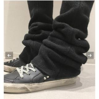 アパルトモンドゥーズィエムクラス(L'Appartement DEUXIEME CLASSE)のアパルトモン L'Appartement LEG WARMER ブラック(レッグウォーマー)