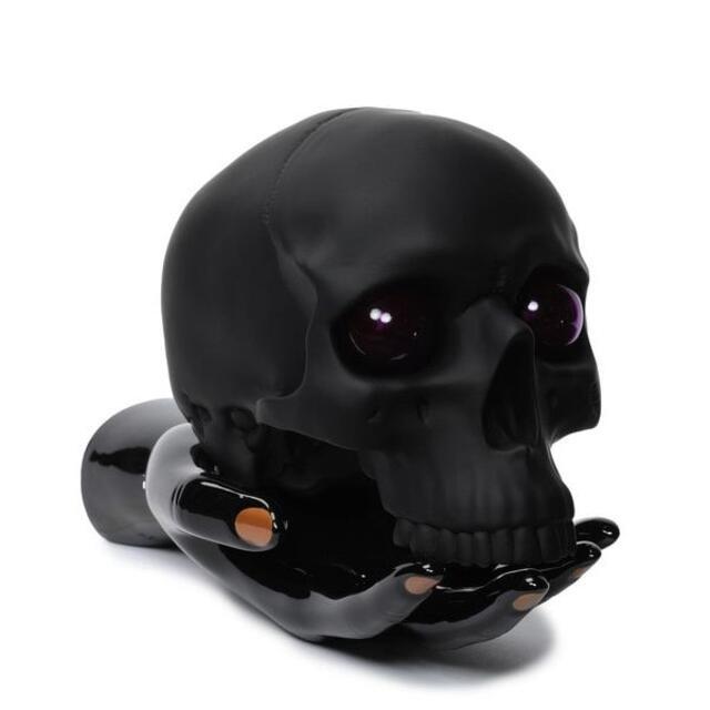 UNDERCOVER(アンダーカバー)のUNDERCOVER×P.A.M. SKULL & HAND LAMP ブラック インテリア/住まい/日用品のライト/照明/LED(フロアスタンド)の商品写真