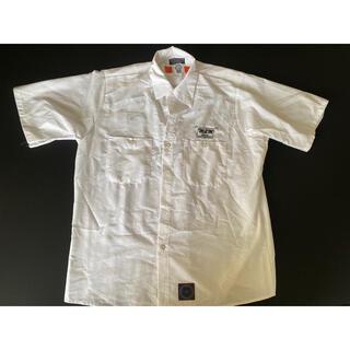 アンライバルド(UNRIVALED)のUNRIVALED  白 半袖シャツ M(Tシャツ/カットソー(半袖/袖なし))