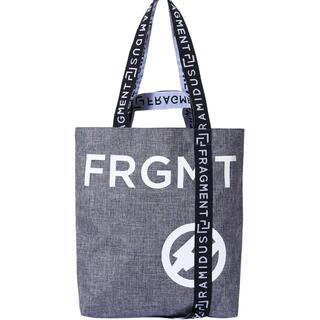 フラグメント(FRAGMENT)のFRAGMENT DESIGN X RAMIDUS Mサイズ grey(トートバッグ)